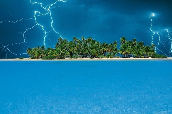 water lightning the island storm