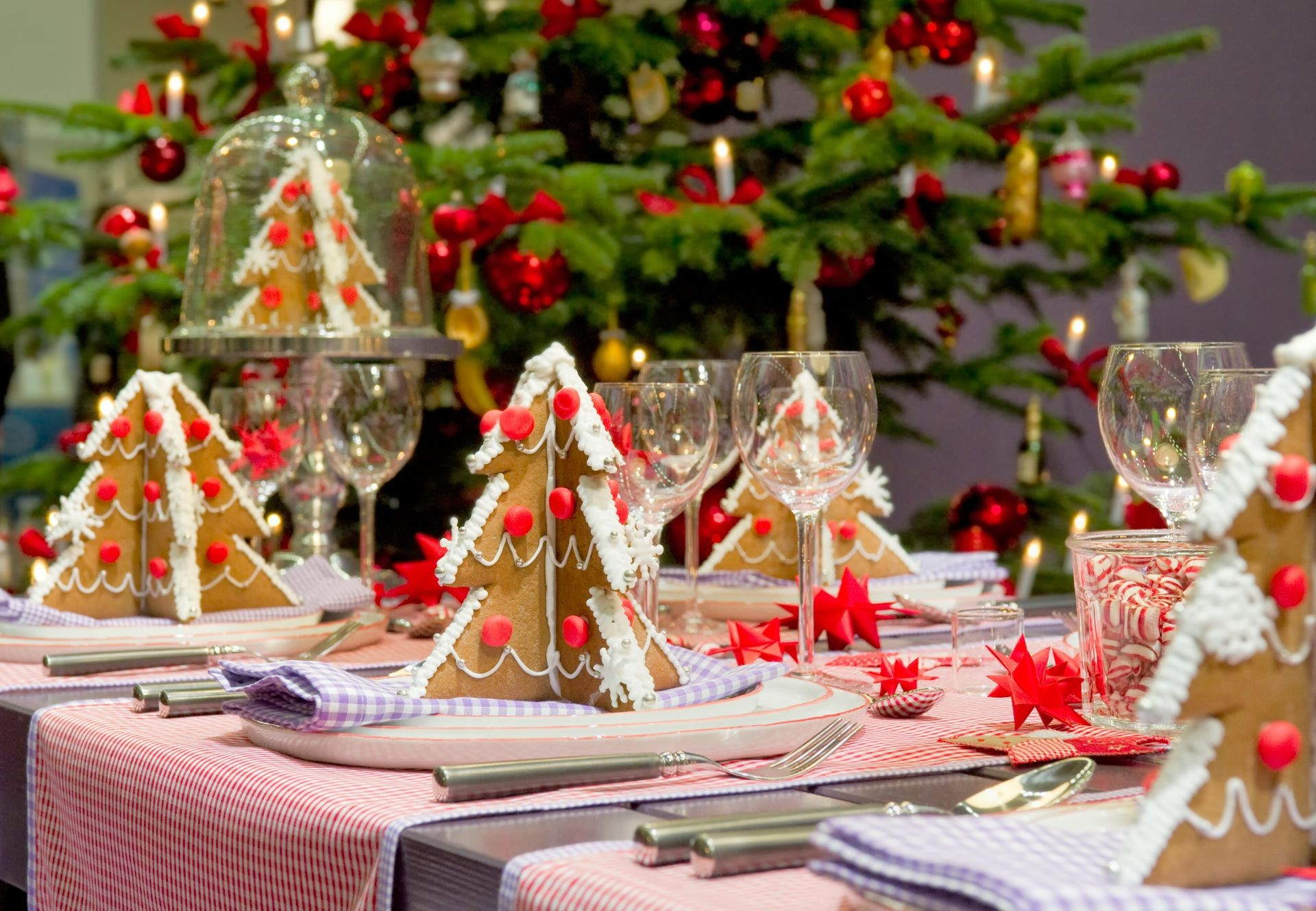 new year celebration christmas decoration winter candle table glass interior design thread gift traditional reception shining banquet party christmas tree wedding