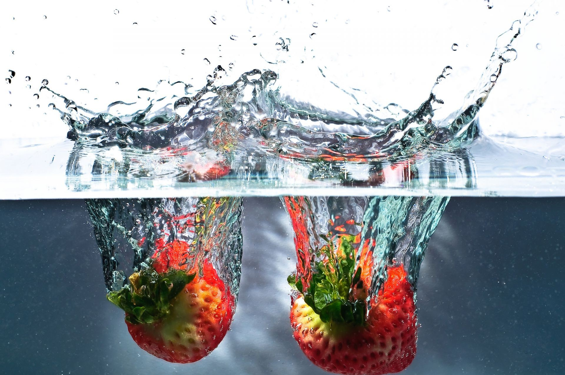 water splash Strawberry splash