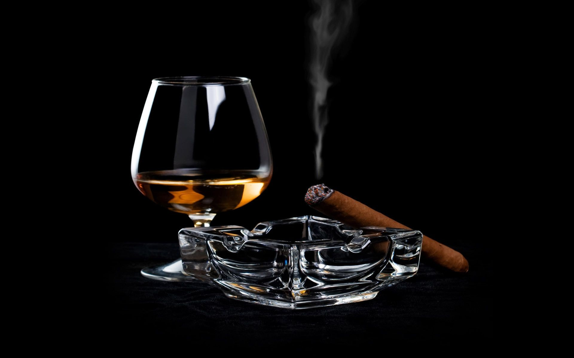 drinks drink glass wine whisky cognac alcohol liquor liquid desktop scotch bottle bar dark intoxicated amber bourbon addiction hot