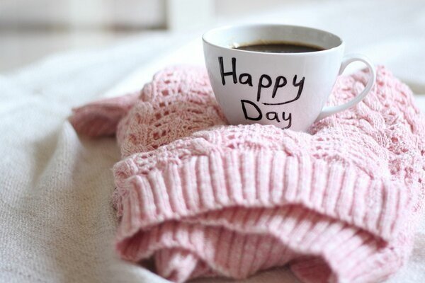 Happy sweater Cup
