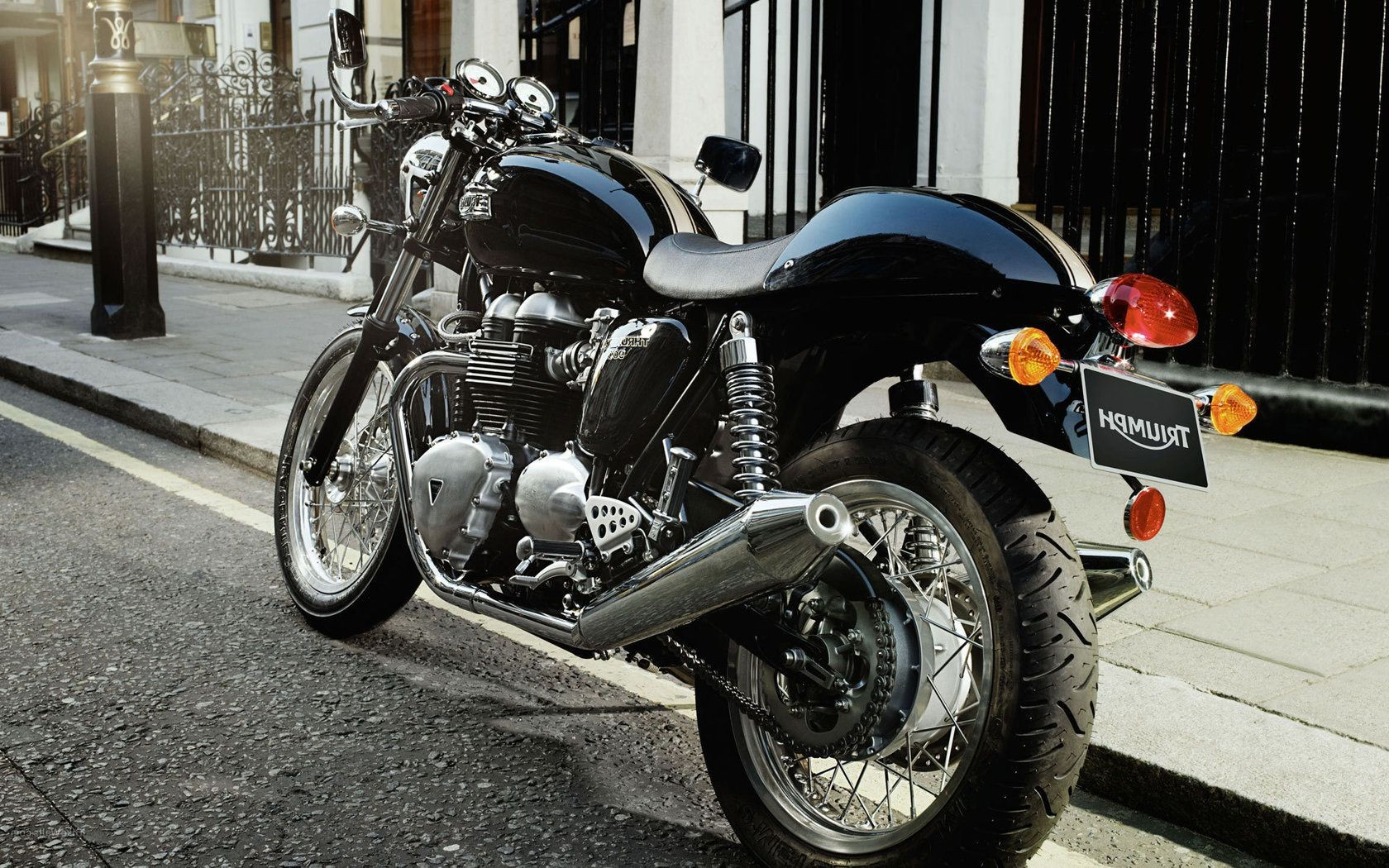 Triumph Cafe Racer Thruxton Android Wallpapers For Free