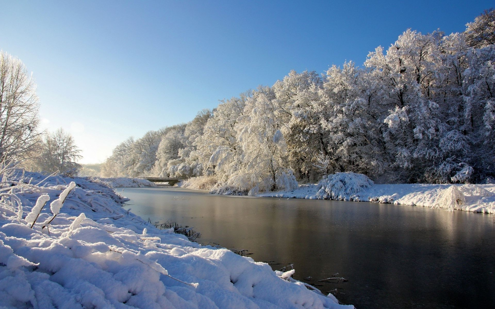 The River Is Beautiful Winter Landscape Android Wallpapers For Free