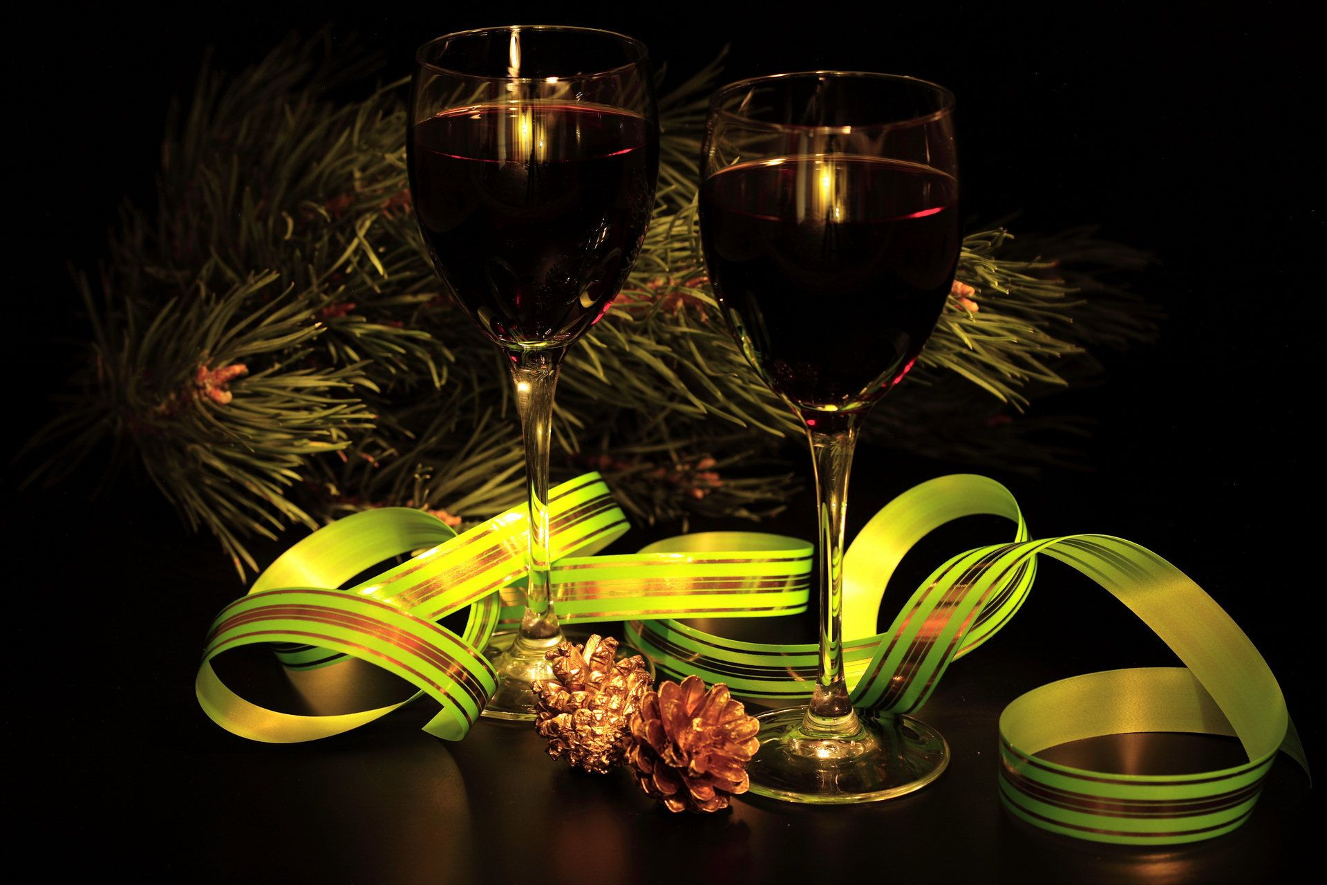 Wine Ribbon Tree Android Wallpapers