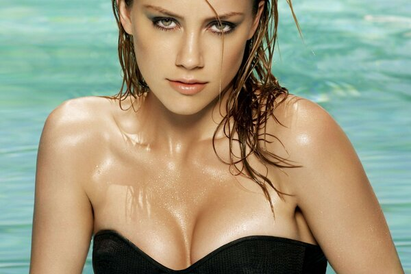 actress amber heard amber heard pool