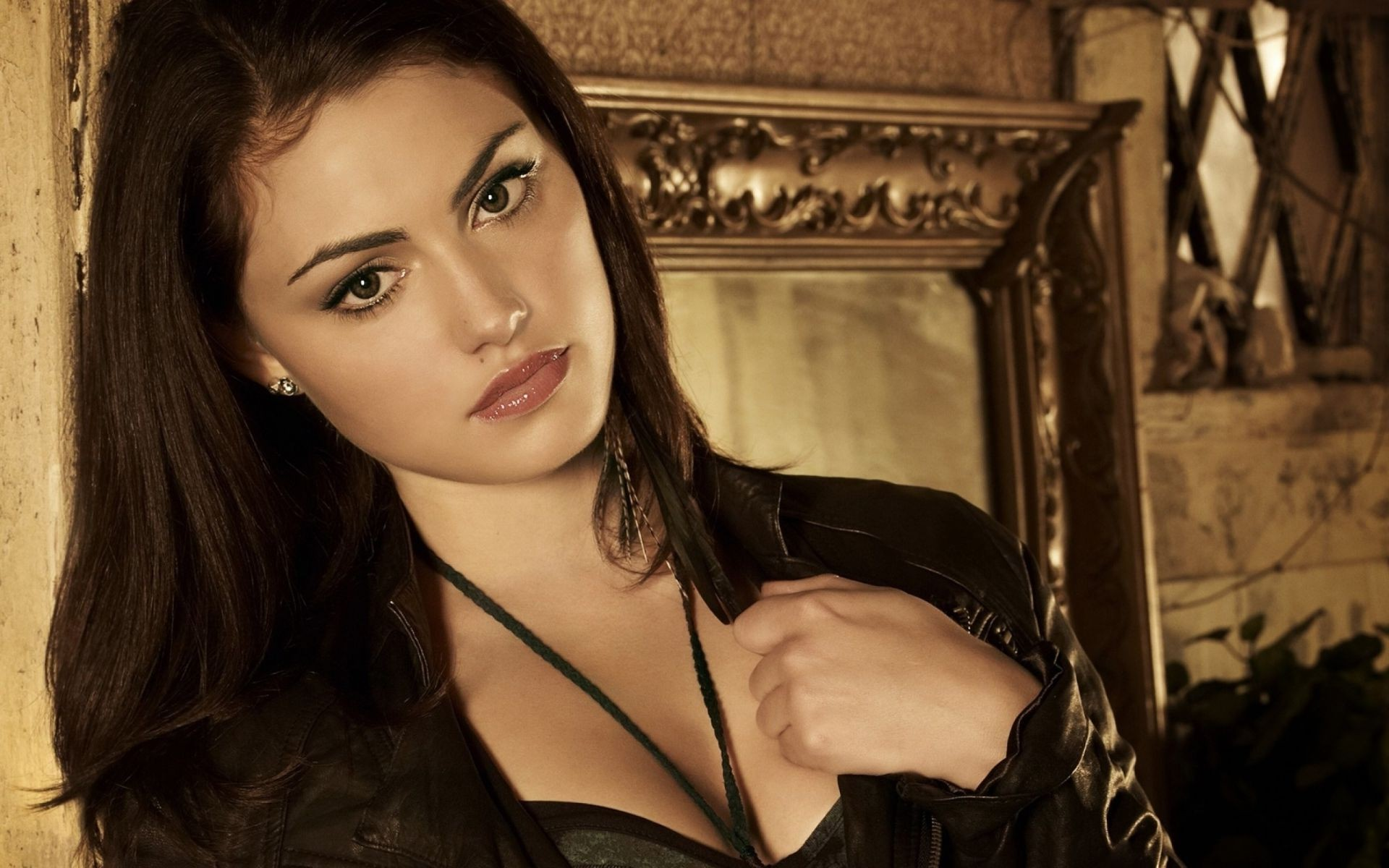 actress TV series Phoebe Tonkin secret circle Movie