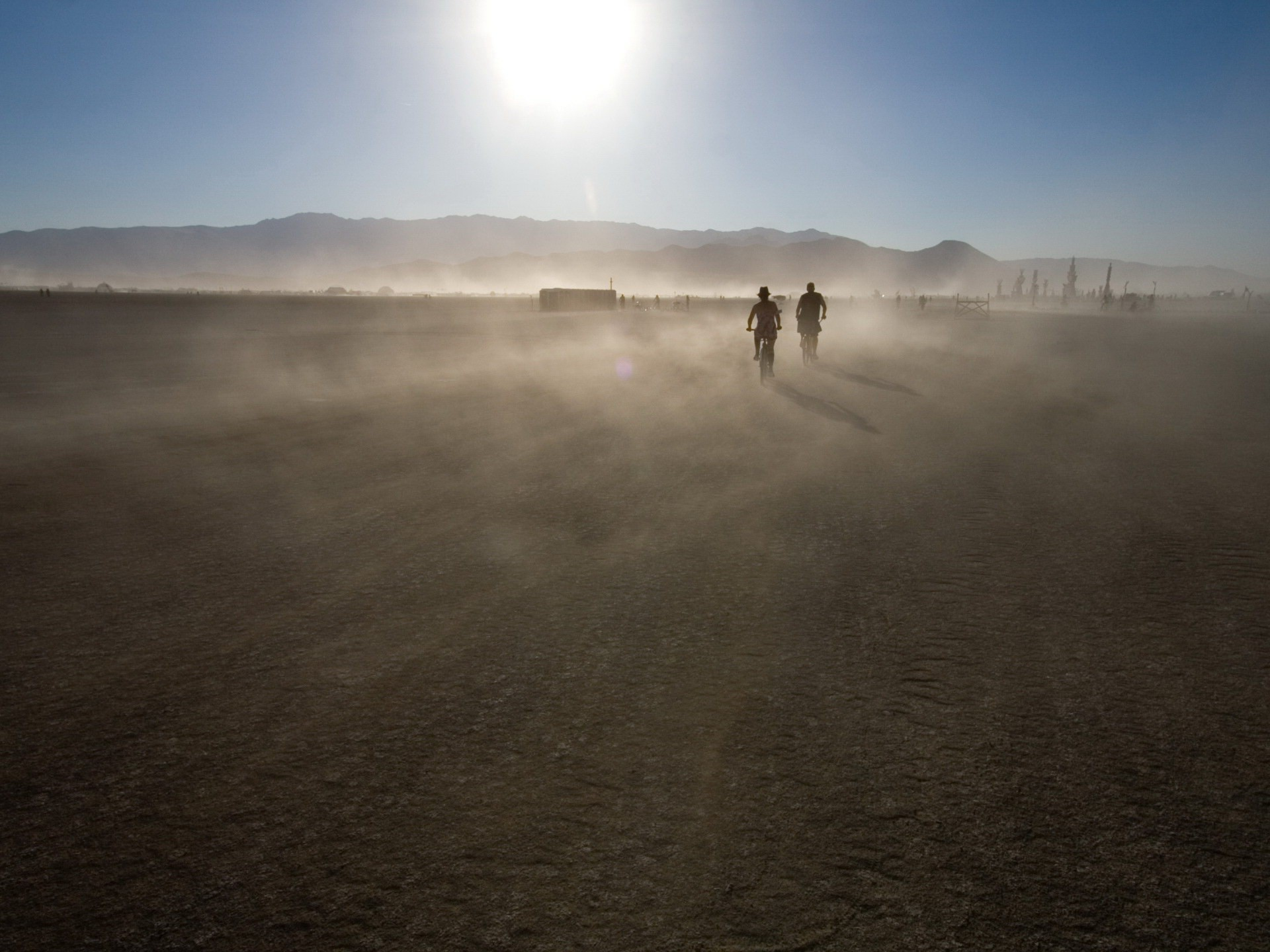 Two cyclists in the desert
