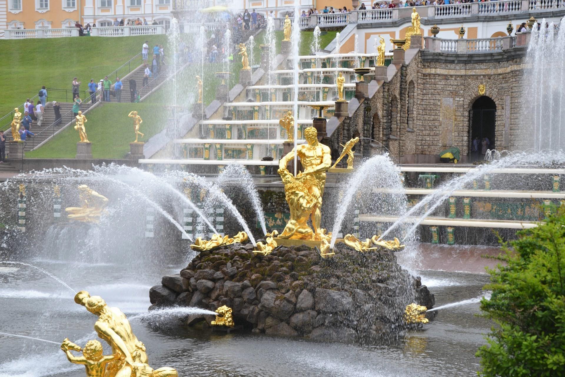 дворец фонтан  № 188196  скачать