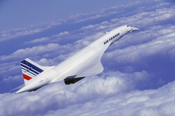 The aircraft Air France is on the rise