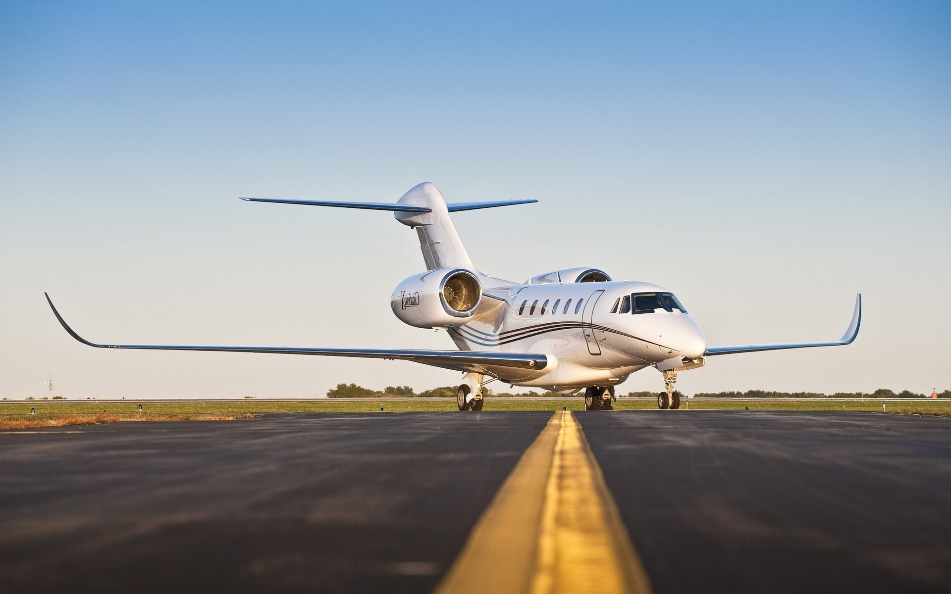 Private Jet Charters (click to view)