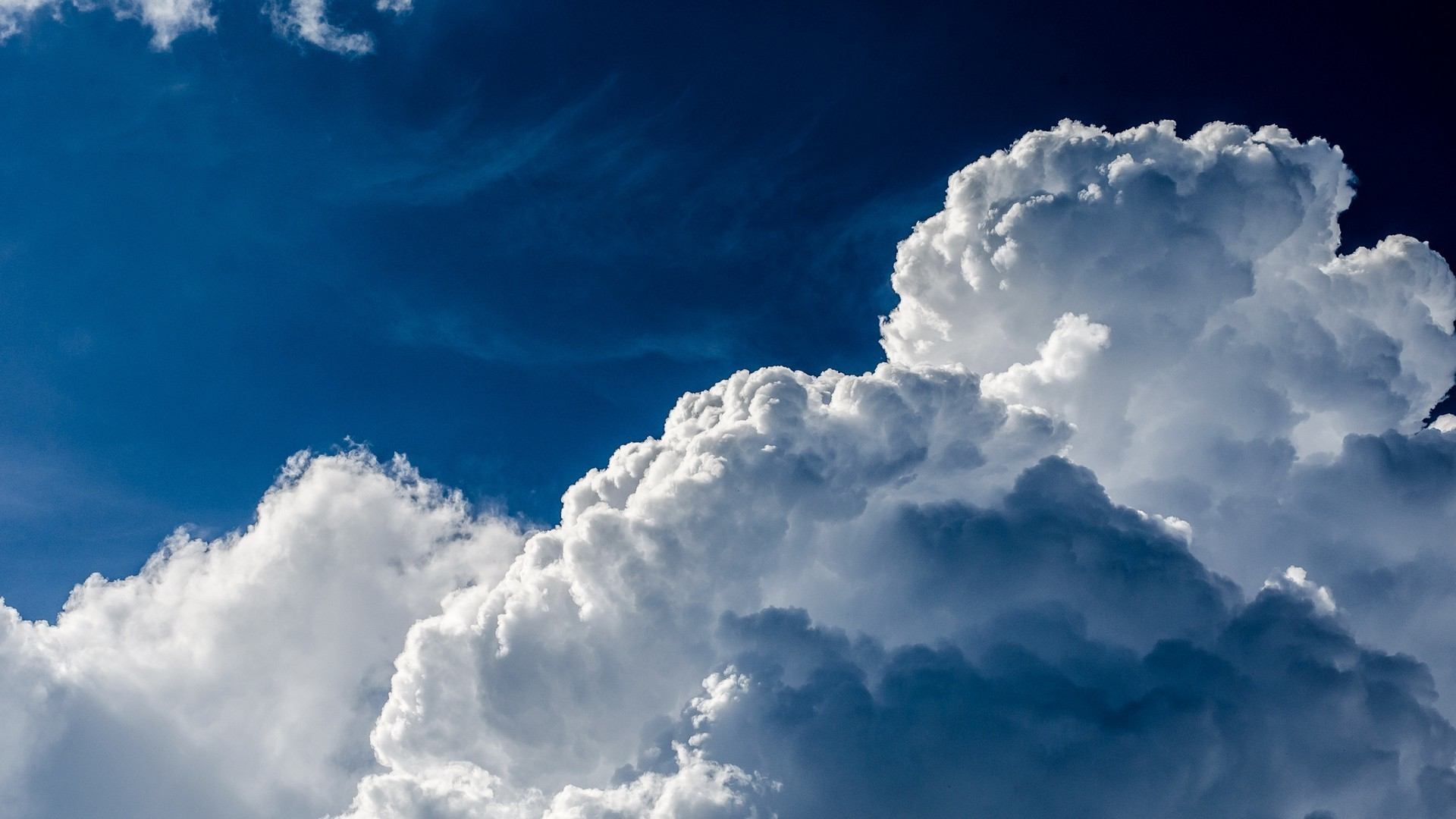White clouds and blue sky - Phone wallpapers