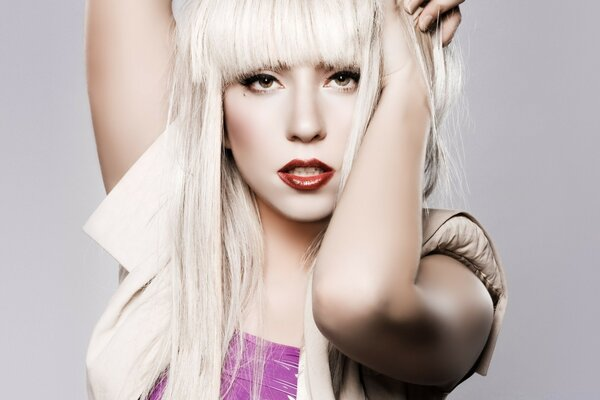 Lady Gaga Blonde Long Hair