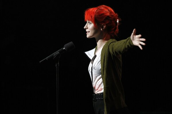 Hayley Williams On Stage