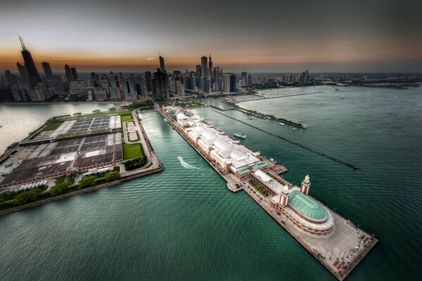 View of the pier in Chicago