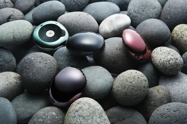 Stones And Samsung Gadgets