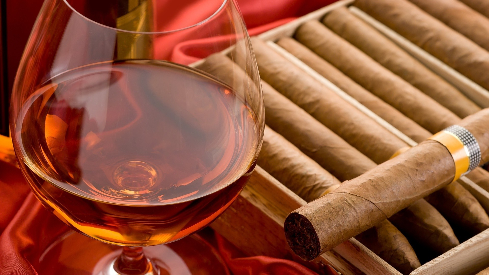 Whiskey And Cigars Android Wallpapers