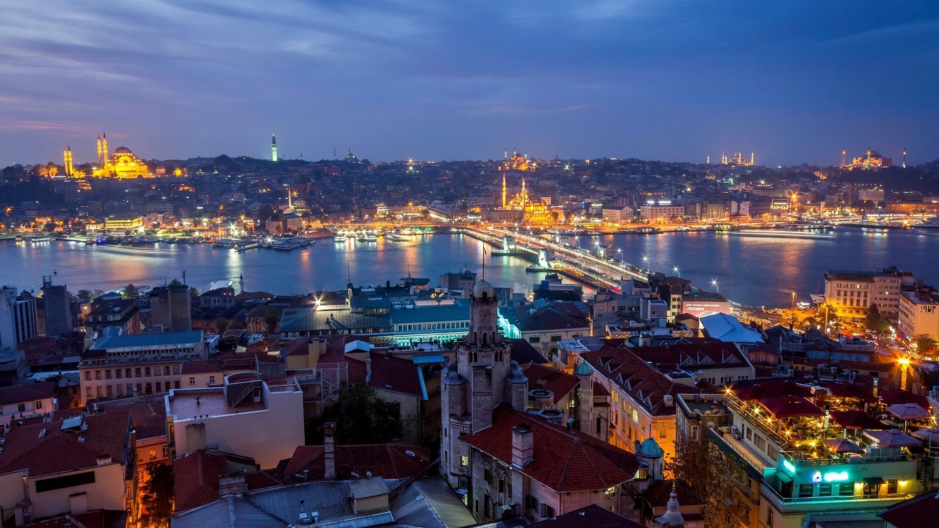 Turkey, Istanbul, view of city at night