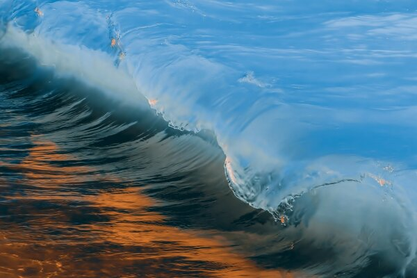 Wave Blue and Golden
