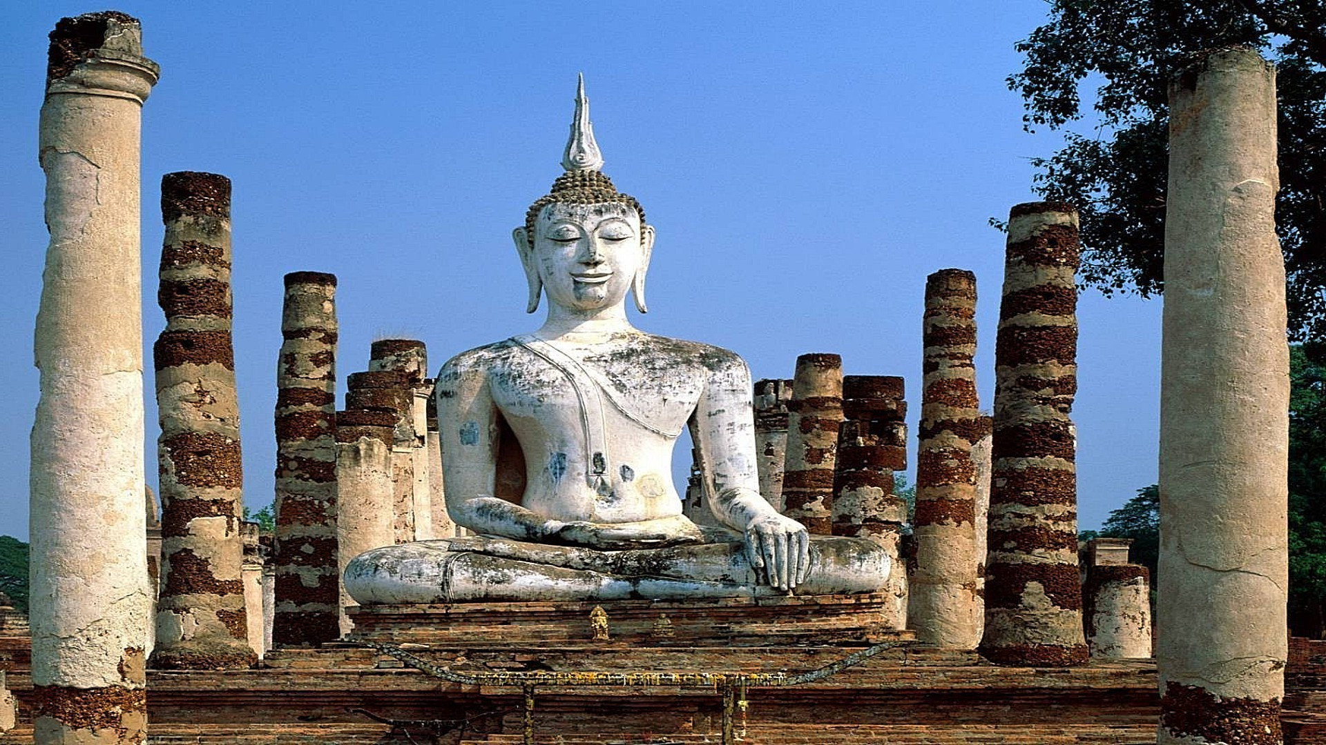 The Statue Of Buda Thailand Android Wallpapers For Free