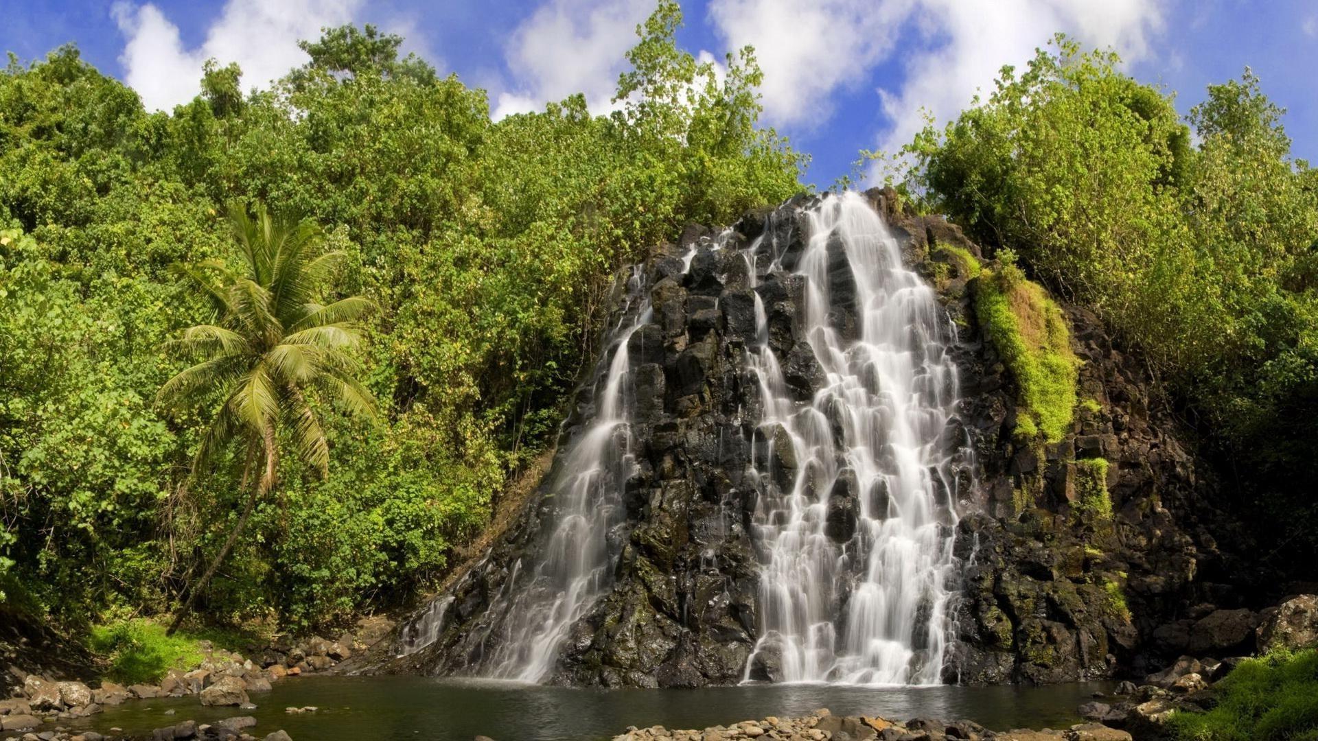 природа водопад небо на телефон