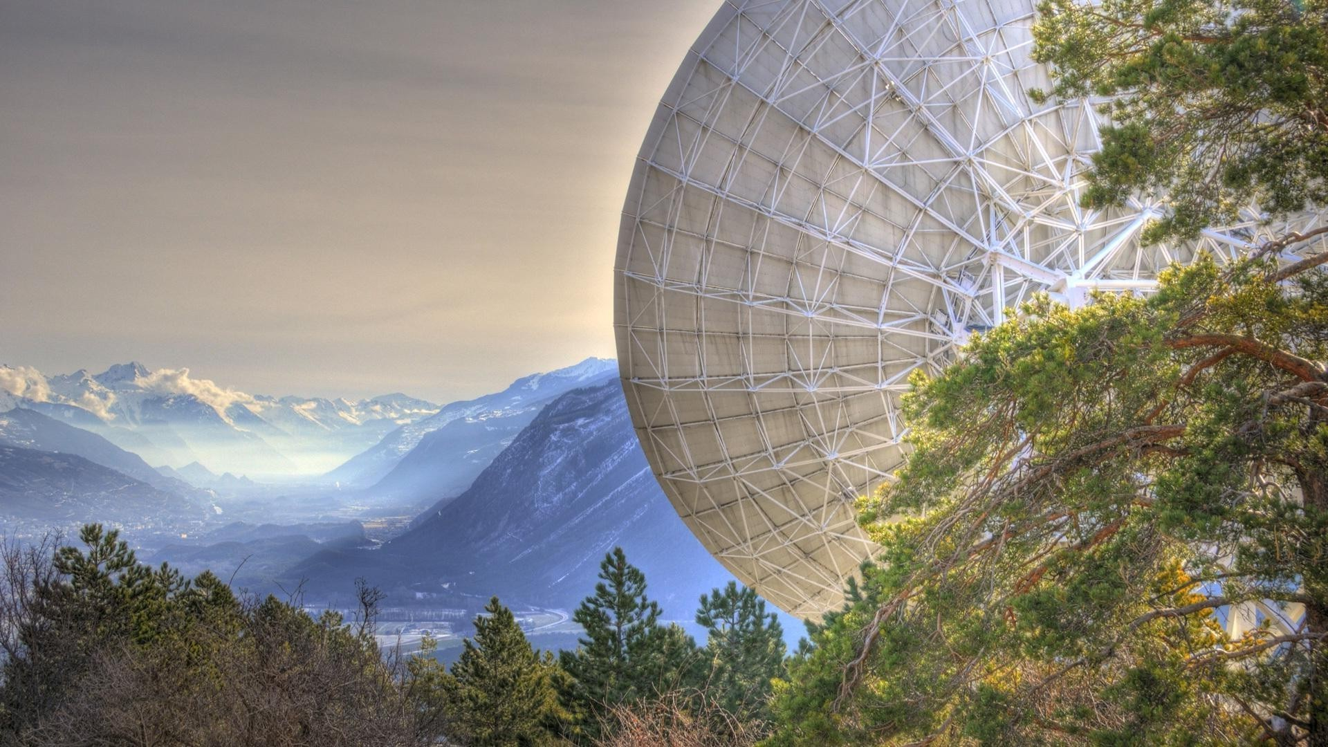 Mountains, sky, antenna, trees