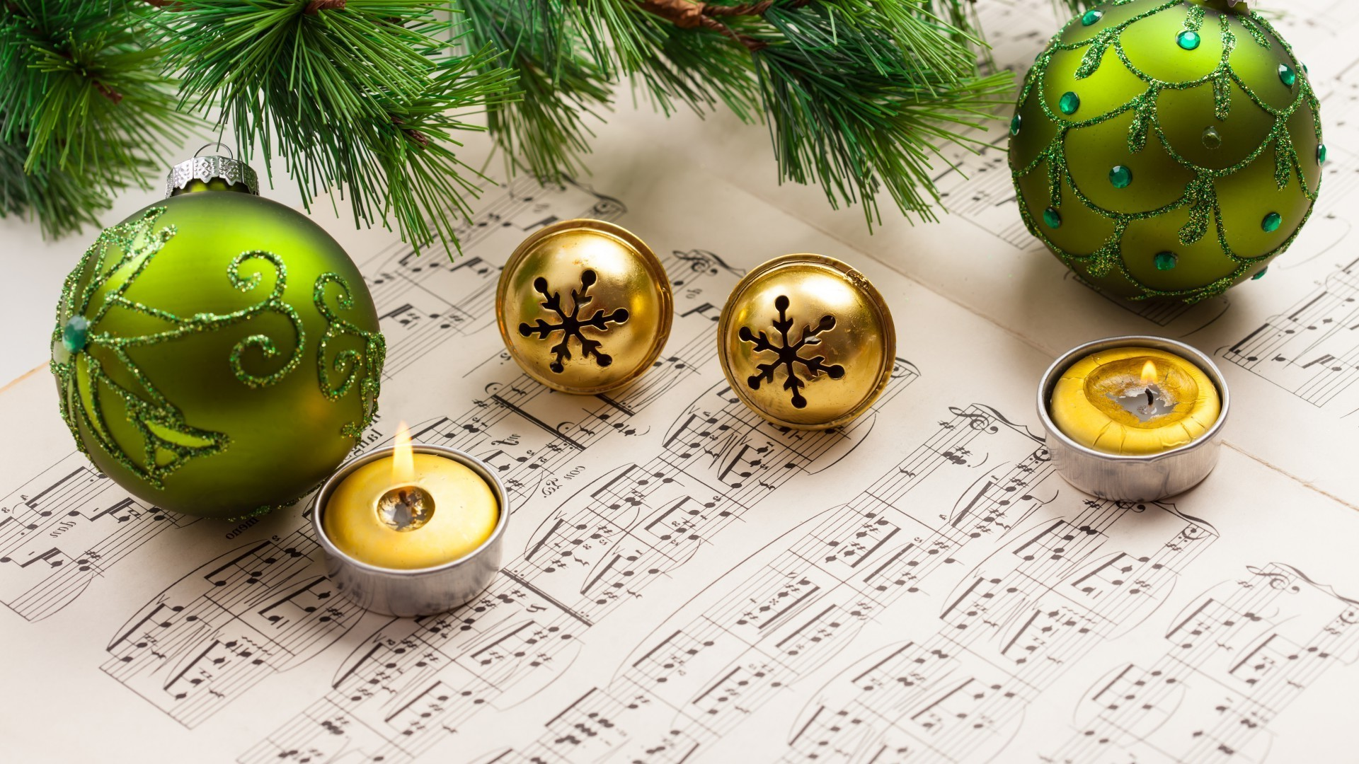 new year christmas ball celebration winter decoration sphere season easter traditional gold desktop card color shining bright thread bangle bow merry