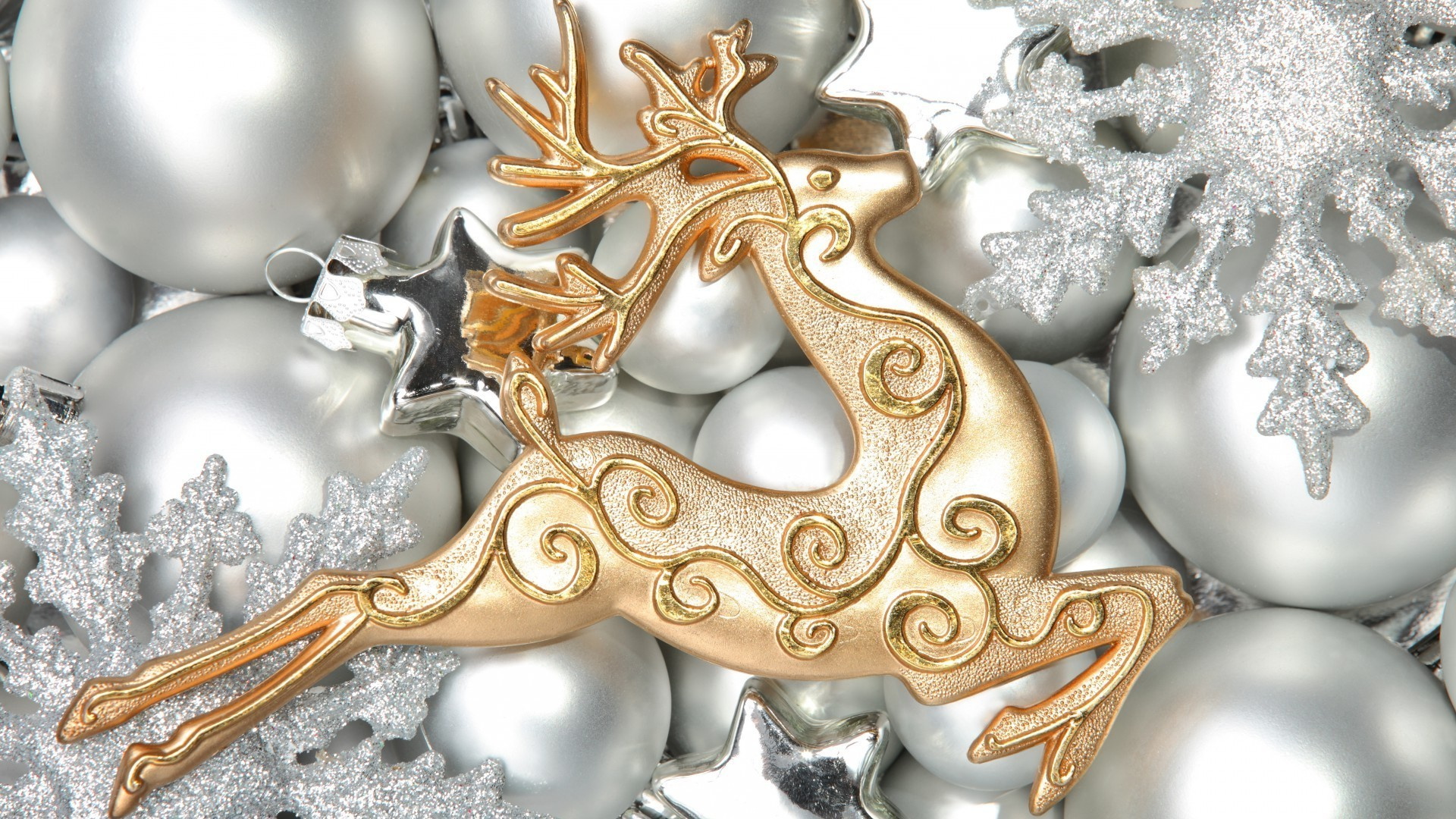 new year decoration gold christmas luxury shining celebration gift traditional glisten desktop ornate winter