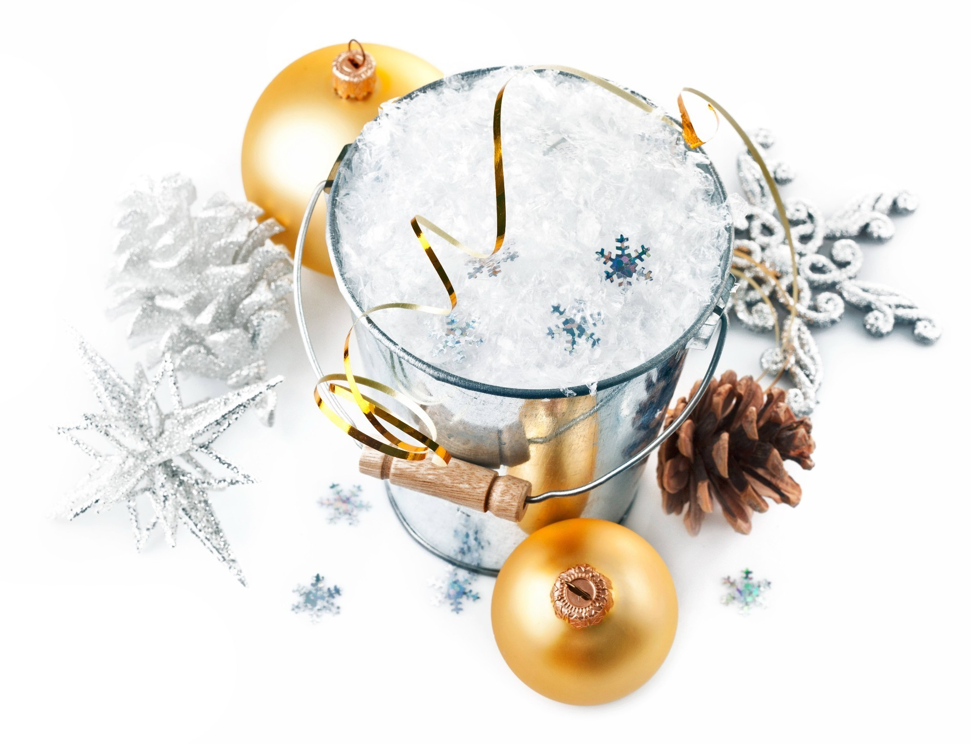 new year winter christmas ball celebration decoration desktop glass gold sphere bangle merry season thread bright snowflake traditional snow shining