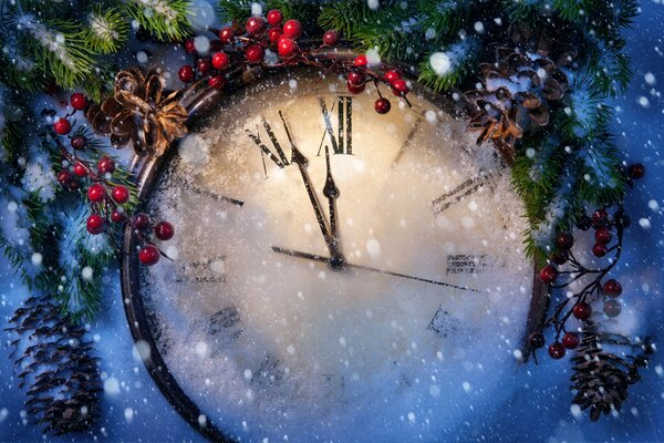 Composition with Christmas clock