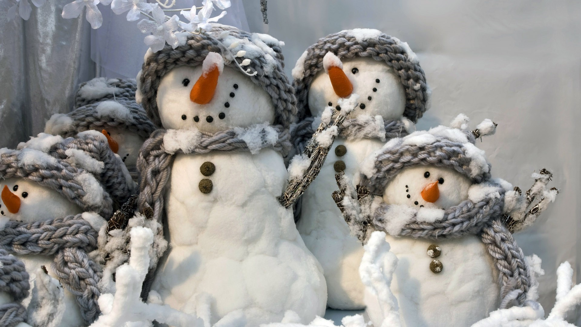 Cheerful snowmen android wallpapers for free for Cheerful nature