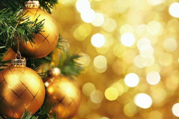 Golden balls on the Christmas tree