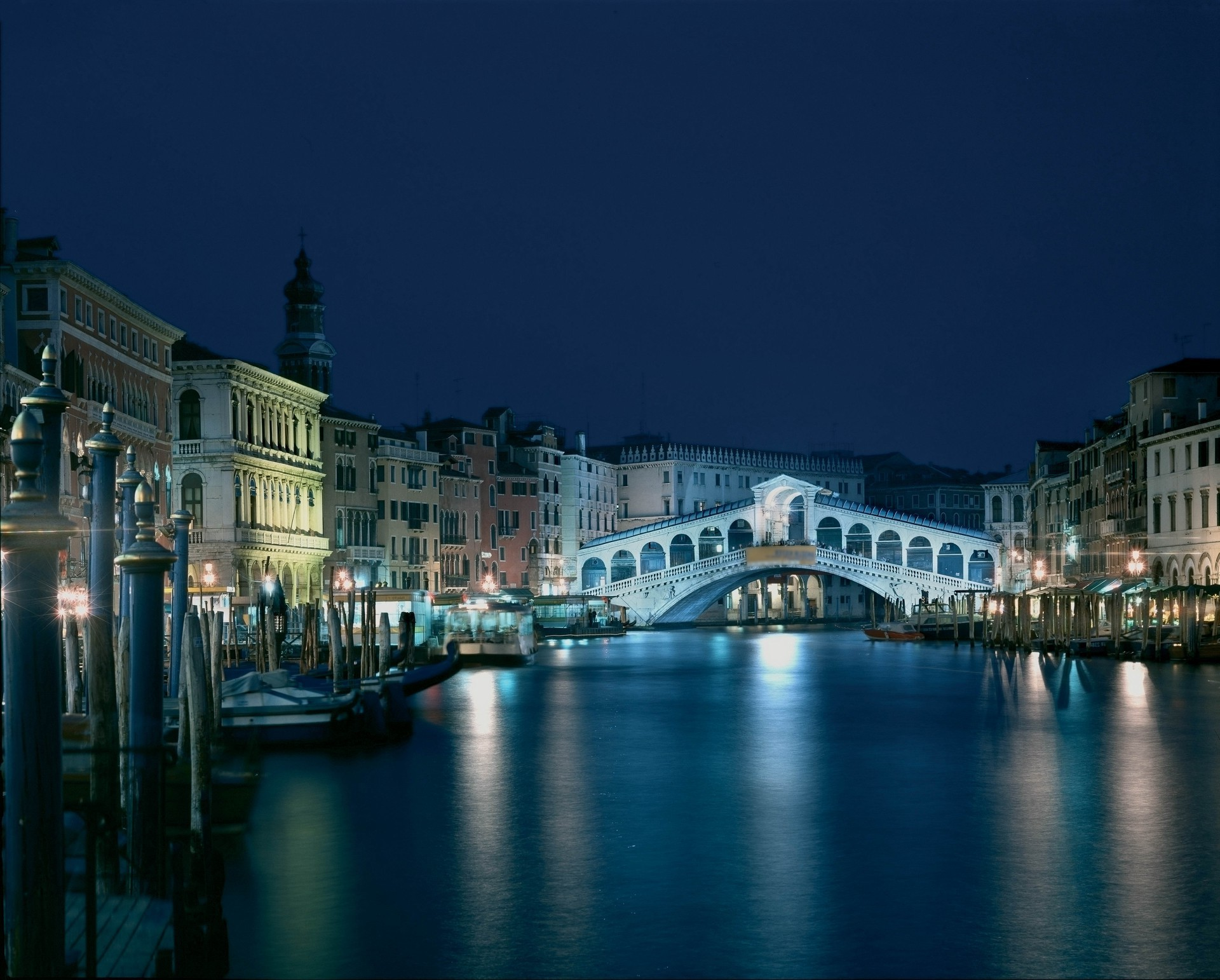 Venice By Night Android Wallpapers