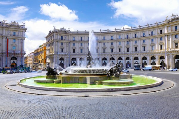 Italian architecture, lawn, fountain