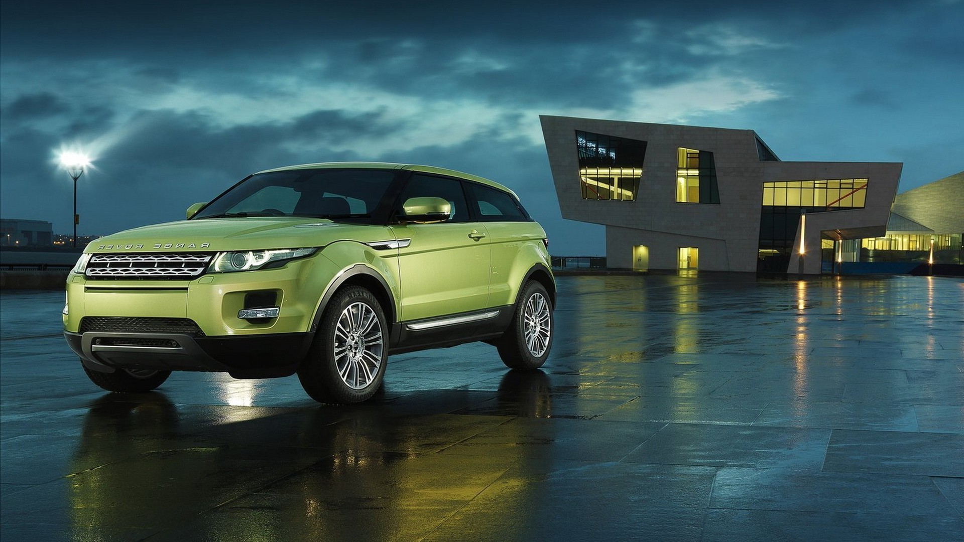 Range Rover Evoque Iphone Wallpapers For Free