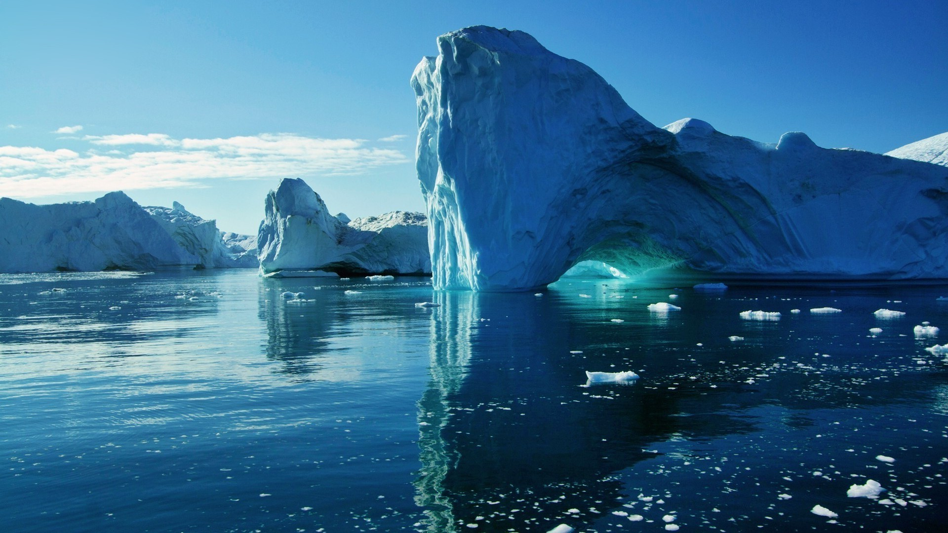 sea and ocean water iceberg sea ice nature snow travel frosty ocean outdoors melting winter sky landscape glacier swimming reflection cold mountain