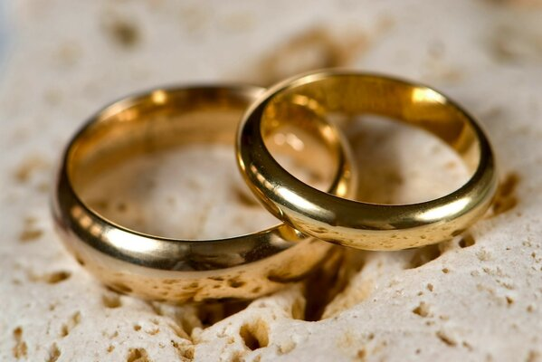 Inseparable rings and love