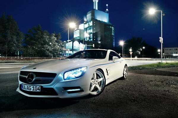Mercedes Benz SL500, Night