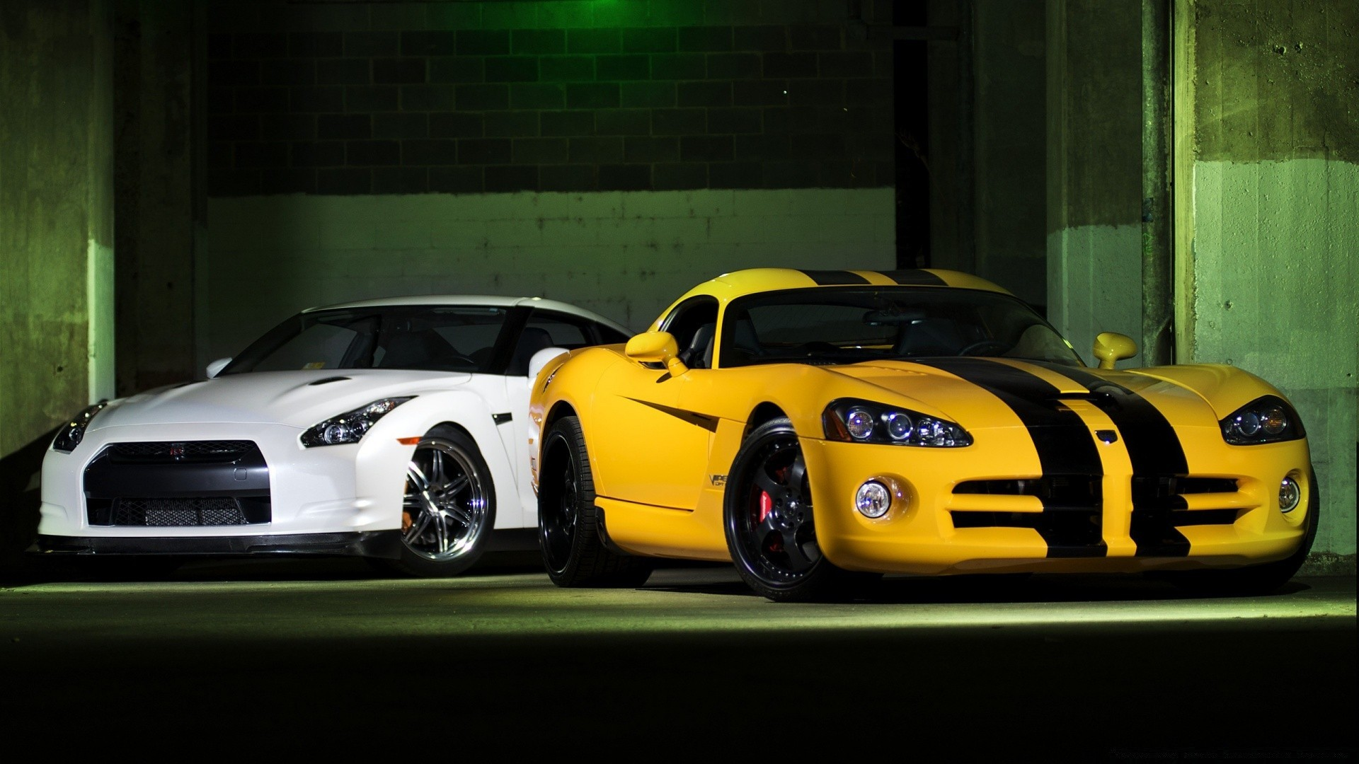 Nissan Gtr And Dodge Viper Phone Wallpapers