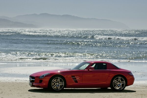 Mercedes Benz SLS On The Beach