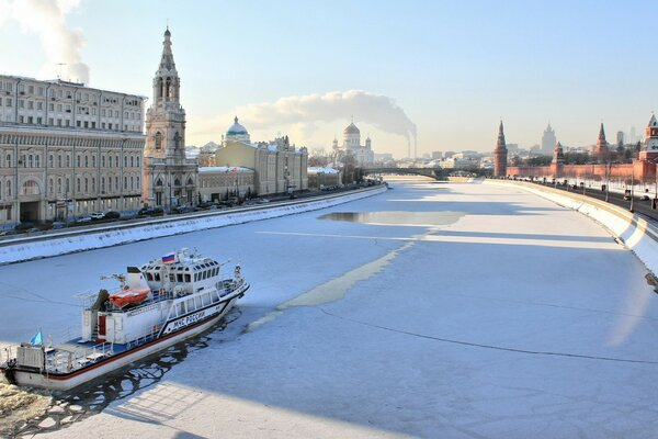Moscow, Moscow river