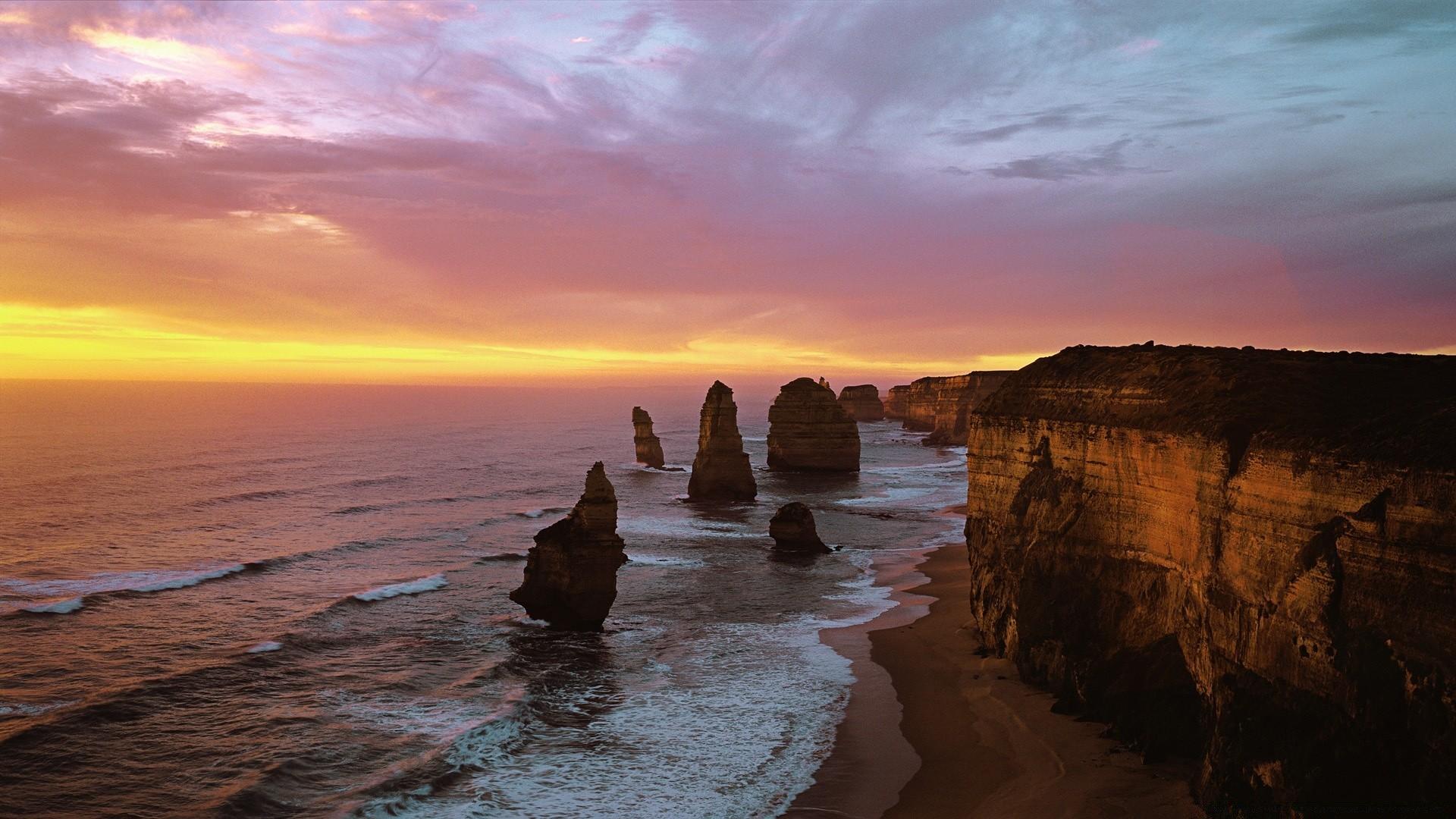 Twelve Apostles At Sunset, Port Campbell National Park ...